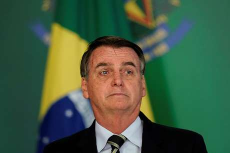 2019-01-27T124715Z_1_LYNXNPEF0Q0EK_RTROPTP_4_BRAZIL-GUNS Bolsonaro retoma hoje despachos com assessores em gabinete provisório