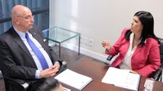 Vice-governadora discute parcerias em programas de combate às drogas, assistência social e segurança alimentar 1