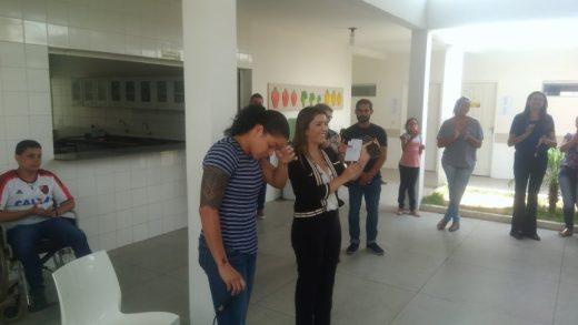 51922902_572658633219174_4248914620837789696_n-520x293 Campeã do mundo, Amanda Nunes se emociona em escola municipal em Monteiro