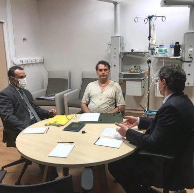 Bolsonaro-382x380 Bolsonaro amplia validade da CNH para 10 anos e acabar com simuladores em autoescola