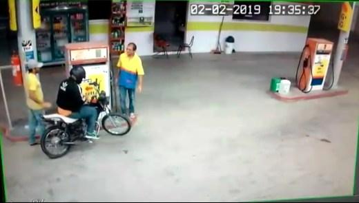 Bandidos armados rendem frentistas e assaltam posto de combustível no Cariri 1