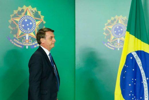 bolsonaro-stf-suspende-520x347 Fux suspende duas ações penais contra Bolsonaro no STF