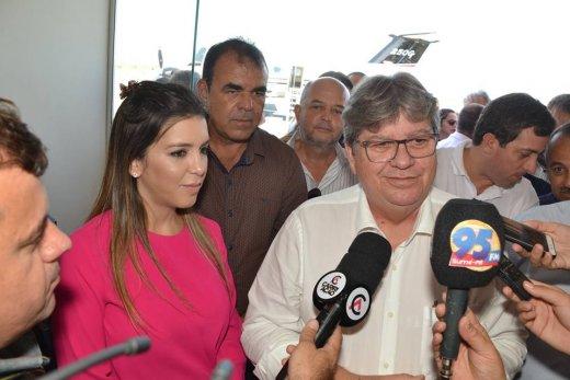 56164094_2293293484277171_439029873369939968_n-520x347 Governador assegura apoio a Anna Lorena: 'Política se faz com reciprocidade'