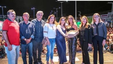 Walkyria Santos agradece pela homenagem feita a ela no X Festival de Cultura Zabé da Loca 3