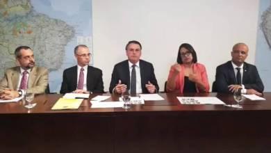 Bolsonaro elogia ideia de Weintraub de reduzir verba a cursos de filosofia 4
