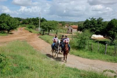 fotos-da-13ª-cavalgada-da-integracao-do-cariri-em-monteiro-22 FOTOS: 13ª Cavalgada da Integração do Cariri reúne centenas de cavaleiros em Monteiro.