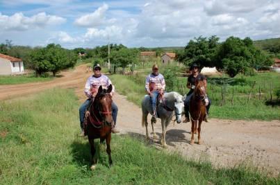 fotos-da-13ª-cavalgada-da-integracao-do-cariri-em-monteiro-25 FOTOS: 13ª Cavalgada da Integração do Cariri reúne centenas de cavaleiros em Monteiro.
