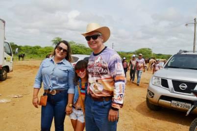 fotos-da-13ª-cavalgada-da-integracao-do-cariri-em-monteiro-5 FOTOS: 13ª Cavalgada da Integração do Cariri reúne centenas de cavaleiros em Monteiro.