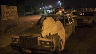 A vida paralisada à espera de gasolina no interior da Venezuela 17