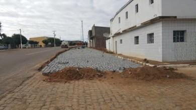 Prefeitura Municipal continua realizando uma das maiores obras de calçamento de ruas da história de Zabelê 21