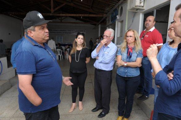 Abatedouro8-586x390 Prefeita Anna Lorena participa de reunião para discutir reabertura do abatedouro de caprinos de Monteiro