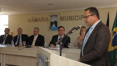 Câmara de Monteiro entrega Moção de Aplauso ao Presidente Nacional da OAB 2