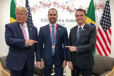 ff-585x390 Eduardo Bolsonaro, um aspirante a embaixador abençoado por Trump e por seu pai