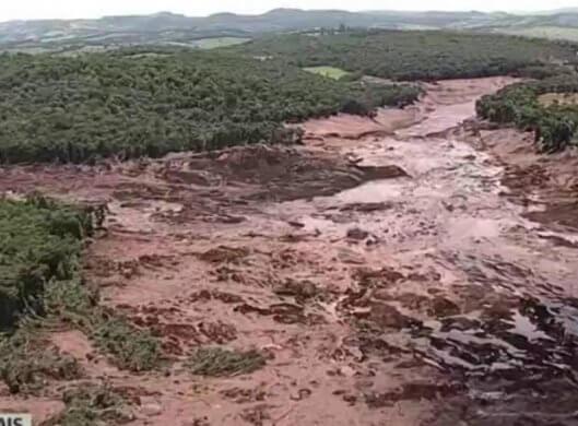 fotos-brumadinho-620x457-529x390 Bombeiros encontram mais um corpo na área do desastre de Brumadinho