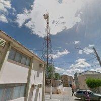 Jovem com problemas pessoais sobe em torre para tentar suicídio no centro de Sertânia