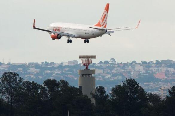 aviao12-585x390 Turbina de avião pega fogo durante decolagem no Ceará e sousense relata momentos de pânico