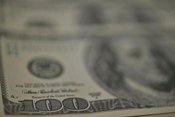 DOLAR-585x390 Dólar é cotado a R$ 5,4310 nesta manhã de segunda-feira