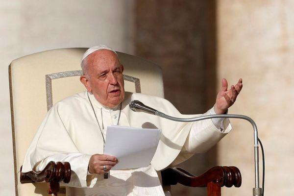 PAPA-FRANCISCO-600x400 Papa Francisco chega a Bangcoc, primeiro destino da visita à Ásia