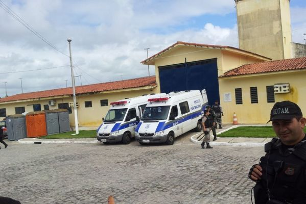 presidio-599x400 Detento morre e agente penitenciário é baleado em tumulto no PB1