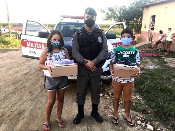 WhatsApp-Image-2020-06-10-at-08.29.46-593x445-1 Parceria entre o Ministério Público da Paraíba, Alpargatas e Polícia Militar doa 2500 pares de calçados em comunidades no estado