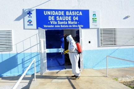 Ofi_Desinfecção-Dia-001-6 Secretaria de Saúde de Monteiro segue com medidas para conter a propagação do Covid no município