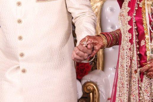 morte-casamento Noivo morre e 113 convidados são diagnosticados com coronavírus após casamento