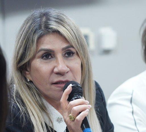 EDNA-DEPUTADA Deputada Edna Henrique cancela mais uma emenda para o município de Monteiro