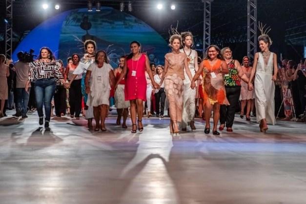renda-3 Coleção produzida com renda renascença da PB é exposta em desfile no São Paulo Fashion Week