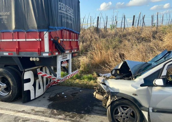 whatsapp-image-2020-11-07-at-16.23.48 Grave acidente entre carro e carreta deixa um morto e cinco feridos, na BR-230