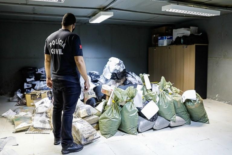 a8f165a7-7f32-4f0f-be50-06cac8426f49 Polícia Civil da PB incinera 2,5 toneladas de drogas avaliada em mais de R$ 10 milhões.