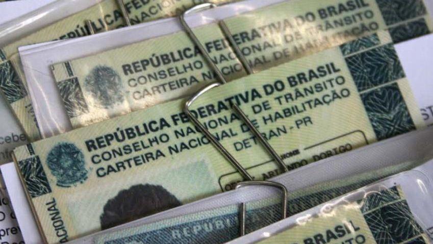 CNH Novas leis do Código de Trânsito Brasileiro começam a valer nesta segunda-feira