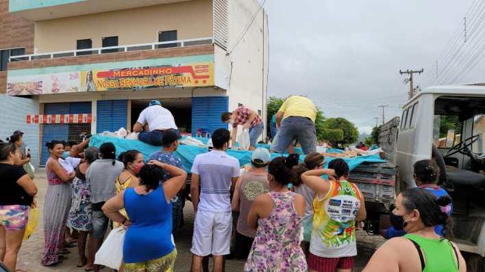 IMG-20210402-WA0100 Projeto Social: realiza mais uma ação com distribuição de pães em Monteiro