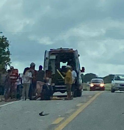 IMG-20210421-WA0073-e1619011807636 Colisão entre carro e moto deixa uma pessoa ferida na BR-412 em Monteiro