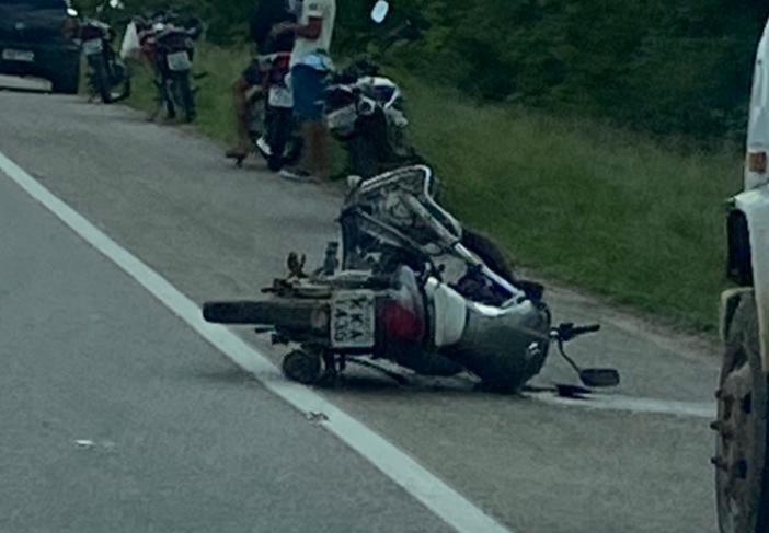 IMG_20210421_101843 Colisão entre carro e moto deixa uma pessoa ferida na BR-412 em Monteiro