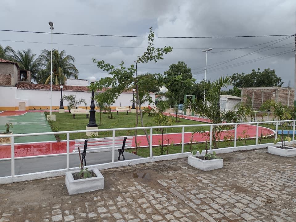 182773662_3987717034680423_5854901078093161506_n Prefeito de São João do Tigre vistoria obras da praça Possidônio Bezerra de Carvalho