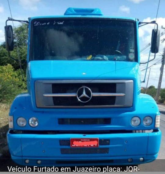 IMG-20210504-WA0637-e1620182904259 Monteirense tem caminhão tomado por assalto em Juazeiro