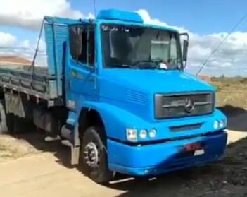 IMG_20210516_164137 Polícia recupera em Petrolina caminhão de Monteirense que havia sido roubado em Juazeiro