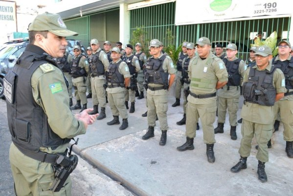 Vaga-PMPI-s-599x400 Publicado edital do concurso com 690 vagas para a Polícia Militar