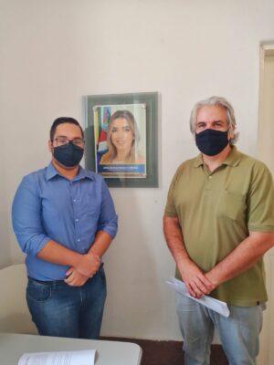 f86c6467-1a3c-4feb-b346-ea0046c8fbbd-300x400 Projeto proposto pelo estudante Abraão Anastácio, é aprovado por unanimidade na Câmara municipal Monteiro-PB