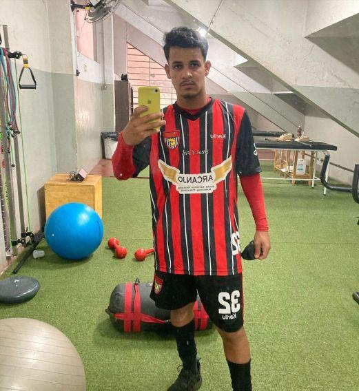 kekelmatos_02_20210715_231040_0 Jovem Monteirense é apresentado em clube profissional do Paraná