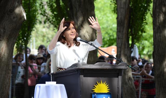 La Presidenta de la Nación en su discurso este mediodía en El Calafate - Foto: OPI Santa Cruz/Francisco Muñoz