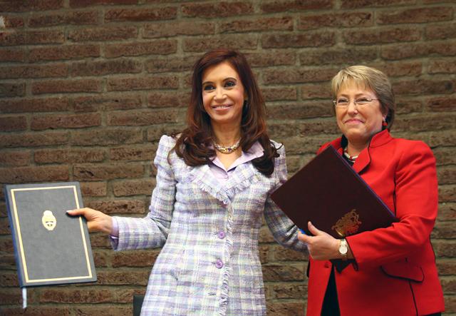 Cristina Kirchner junto a Michelle Bachelet - Foto: Archivo