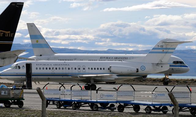 Los Tango 01 y 02 en el aeropuerto de El Calafate - Foto: Archivo OPI Santa Cruz/Francisco Muñoz