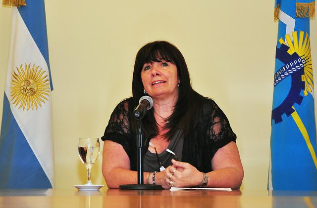 Gabriela Dufour, flamante Ministra de Desarrollo Territorial y Sectores Productivos - Foto: Prensa Chubut