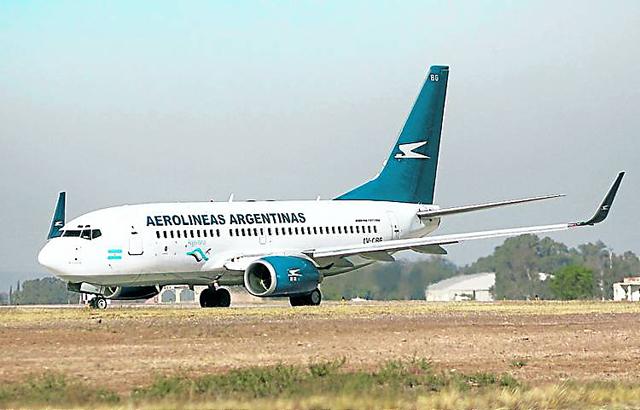 Aerolíneas: el Estado desembolsa 1,6 millón de dólares por día - Foto: Clarín