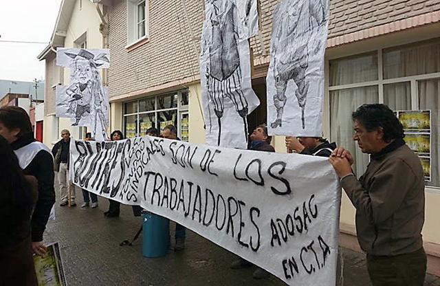 ADOSAC y CTA se manifestaron en Economía y el Ministro Valfré los recibió