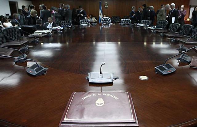 Un fiscal pidió investigar contrataciones sospechosas en el Consejo de la Magistratura