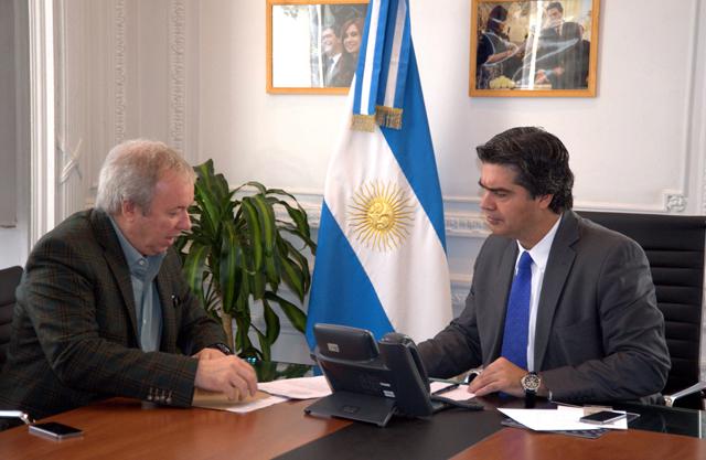 Capitanich y Peralta sobre zona franca, represas y ley petrolera