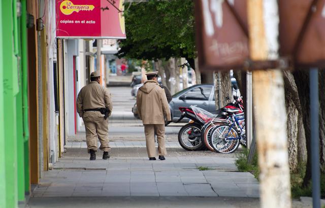 Las calles de Caleta Olivia custodiadas por Prefectura Naval – Foto: OPI Santa Cruz/Daniel Bustos