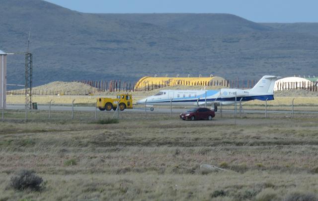 El avión Presidencial T10 ayer nuevamente en el aeropuerto de Río Gallegos - Foto: OPI Santa Cruz/Francisco Muñoz